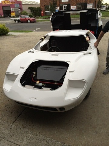 Ford-GT-40-front-clip